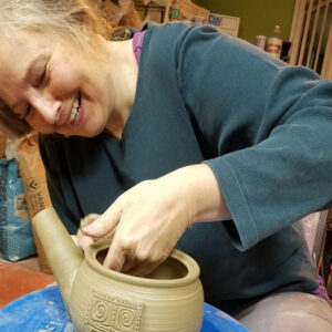 advanced adult pottery with electric pottery wheel